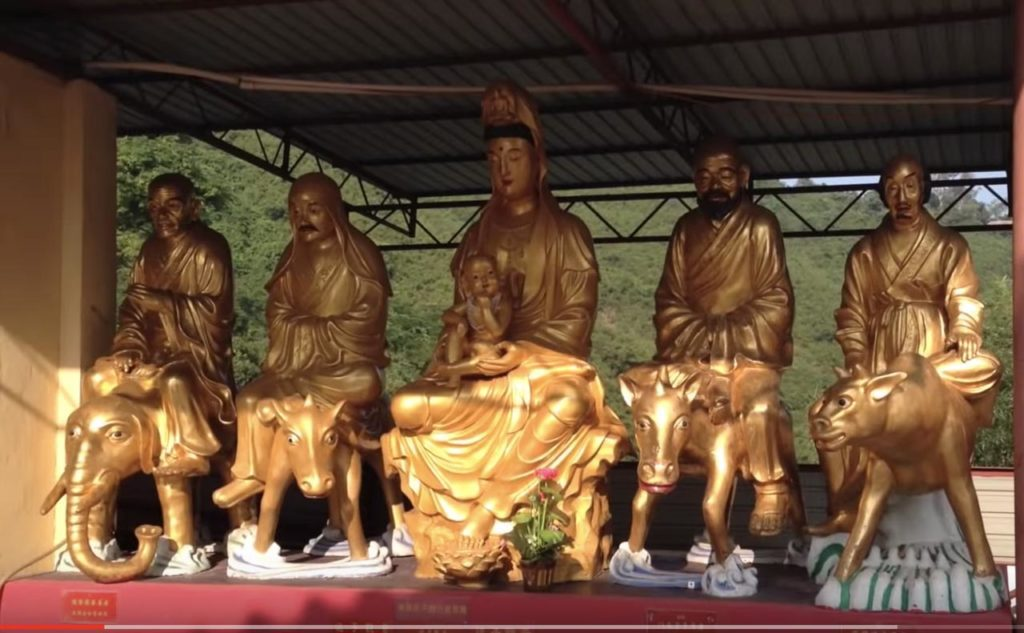 Ideas for visiting Ten Thousand Buddha Monastery