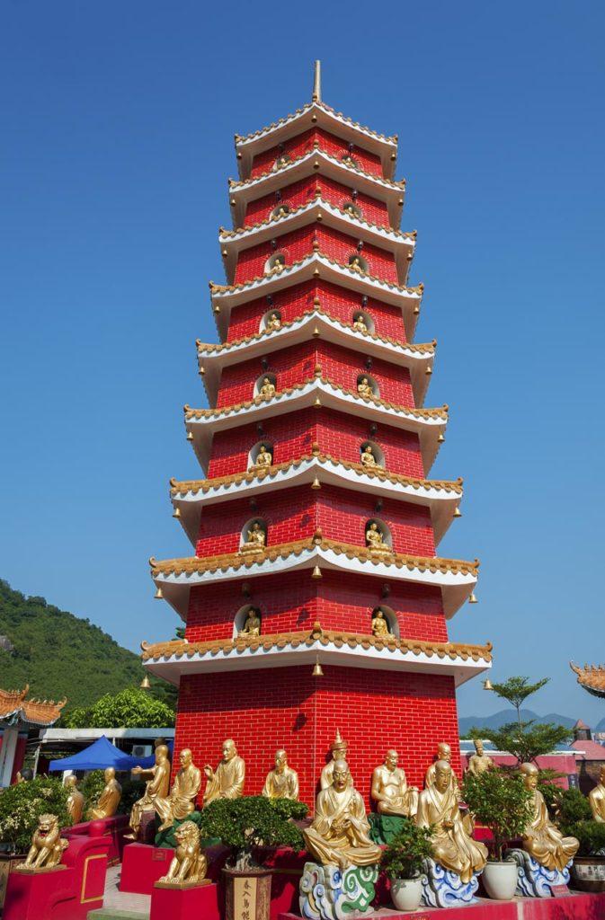 The Golden Buddhas4