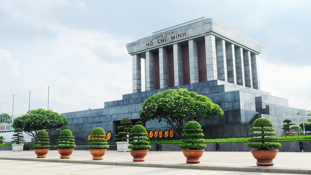 Ha Noi Ho Chi Minh