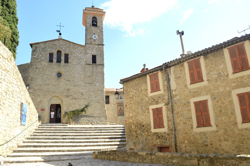 medieval-village-coaraz-church-stairs-5