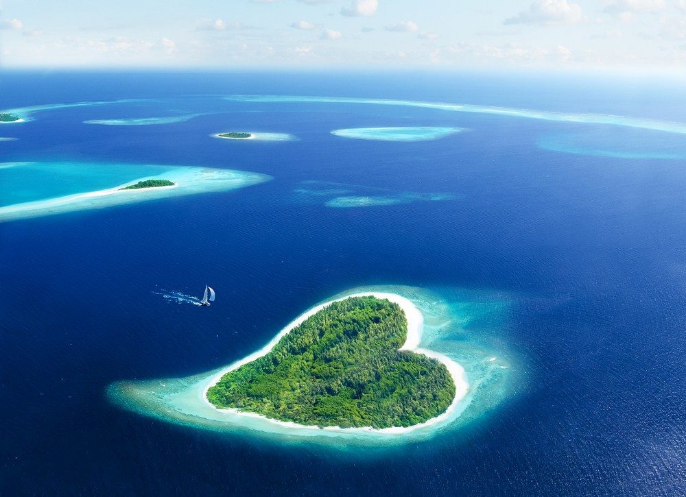 Plan a Luxury Trip to Maldives #MacroTraveller