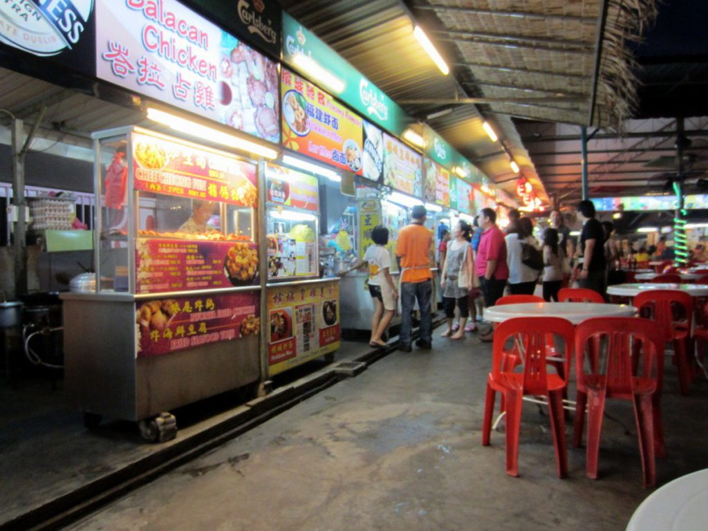 things-to-do-in-penang-Night time Hawker Centre