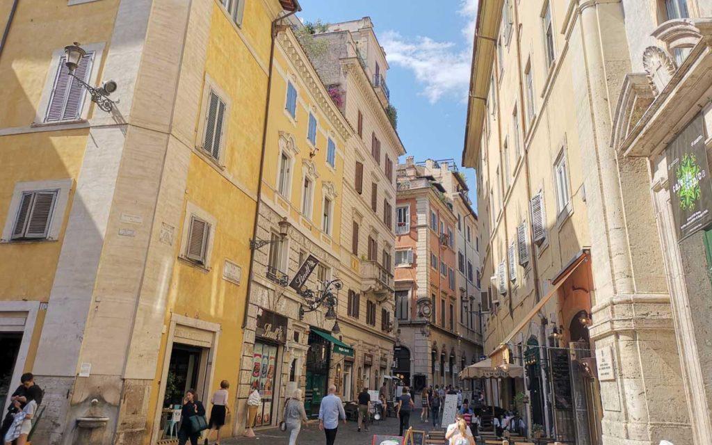 the Metropolis Middle backstreets