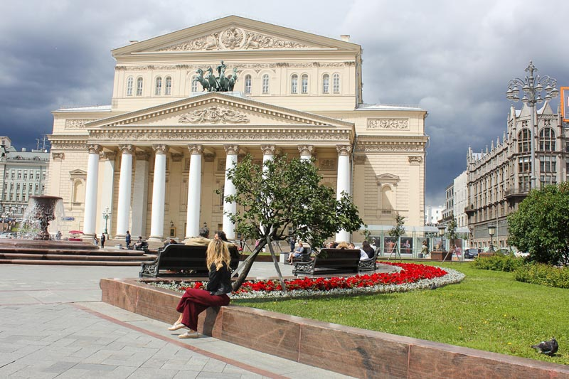 things-to-do-in-moscow-bolshoi