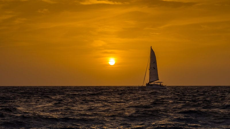 things-to-do-in-la-paz-sailing