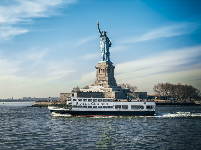 Tip for visiting Statue of Liberty Visit early in the morning