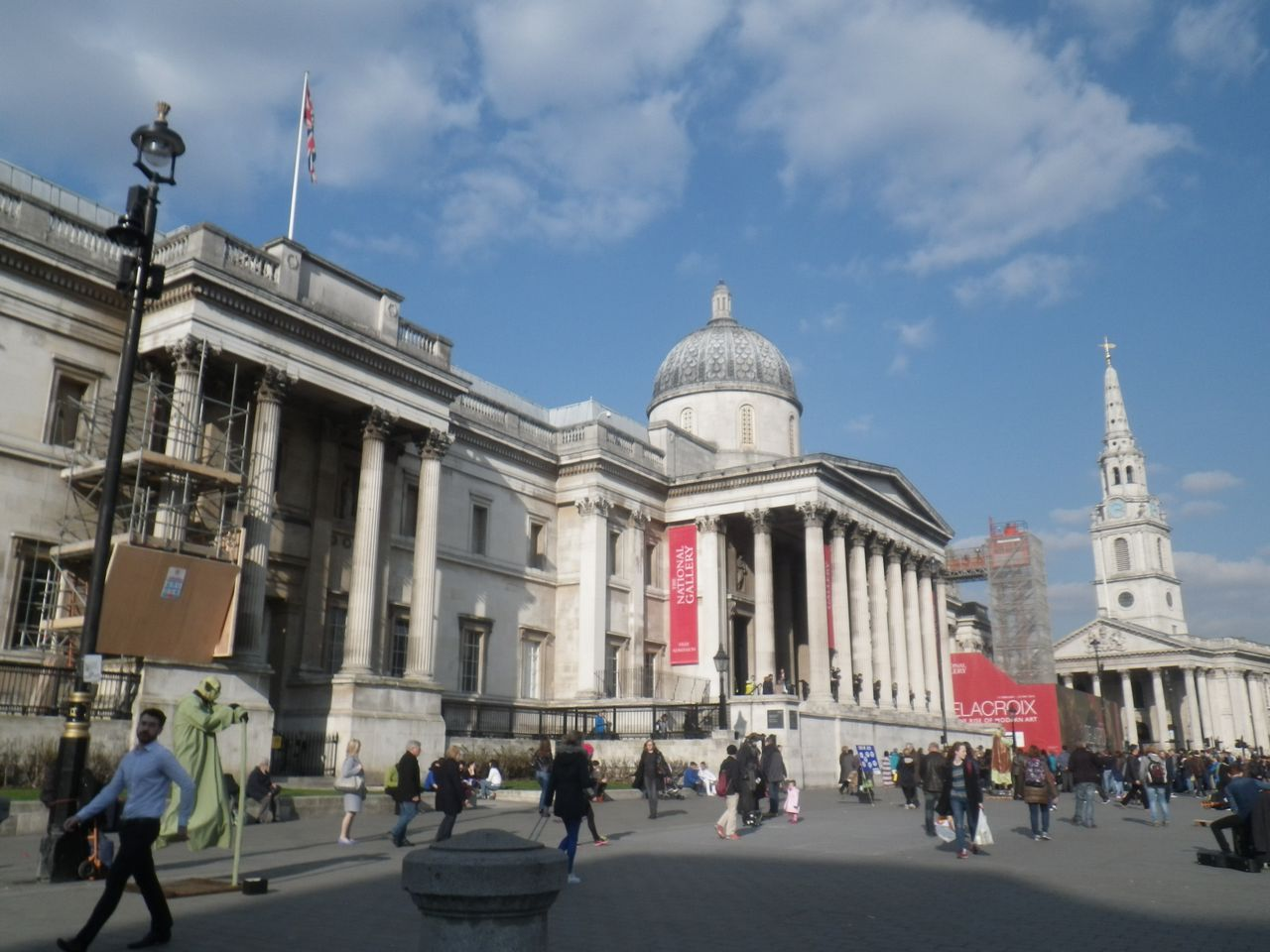 Where to stay in London near the National Gallery