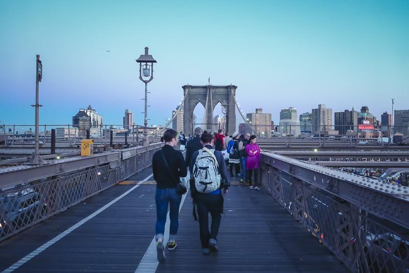 Stroll Throughout the Brooklyn Bridge