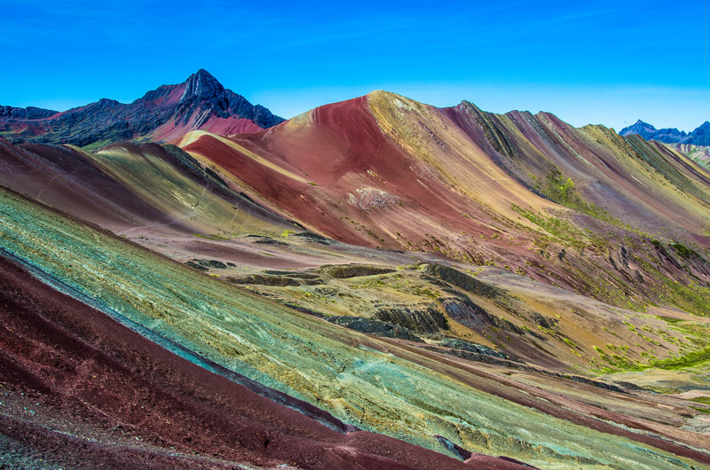 hike-up-Rainbow-Mountain-Peru