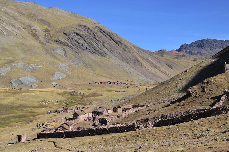 rainbow-mountain-peru-altitude