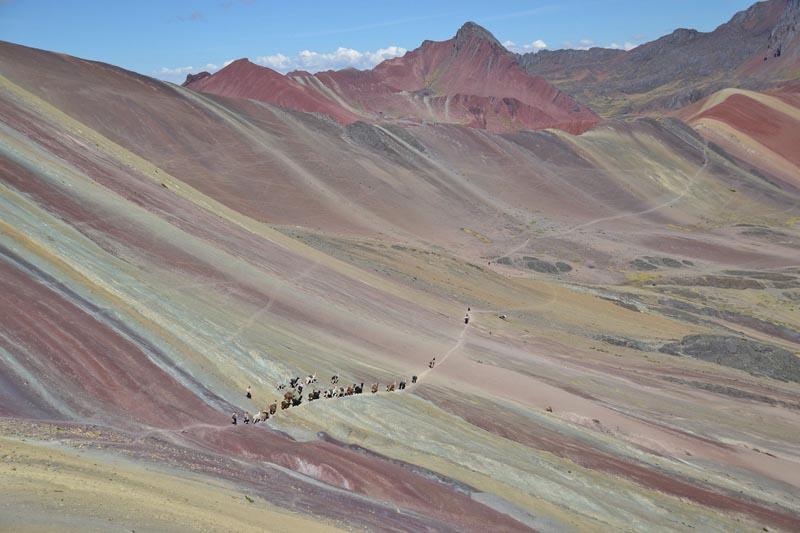 rainbow-mountain-peru-prime