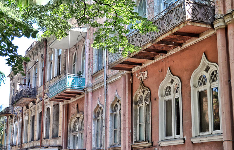 tbilisi travel | old city balconies