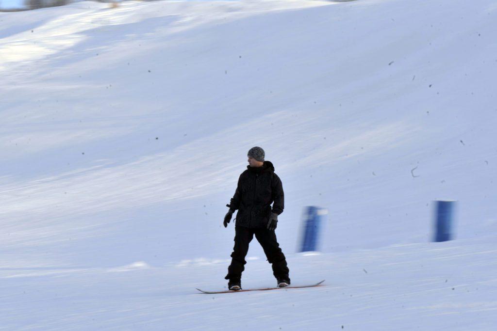Skiing, snowboarding draw JBER crowds