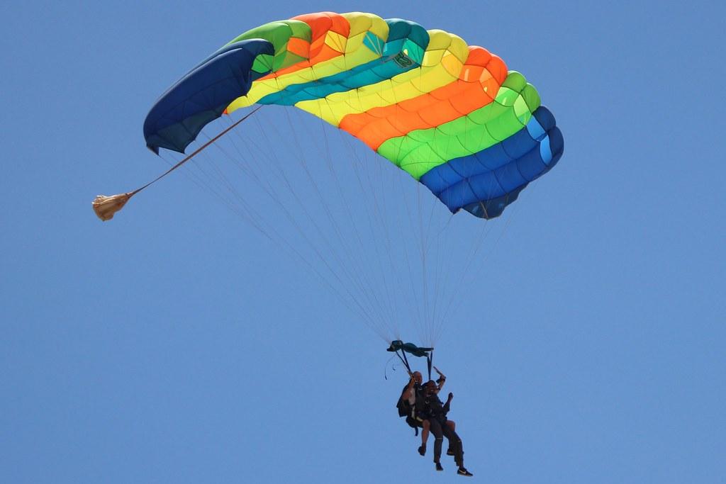 My Khe skydiving