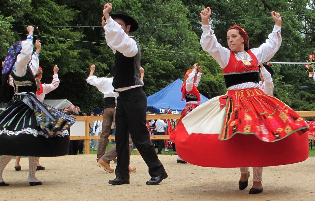 Portuguese Fook Dancing